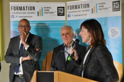"""Inauguration de la """"grande école du numérique"""""""