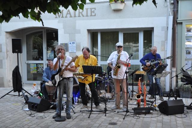 Fête de la musique à Aubeterre.