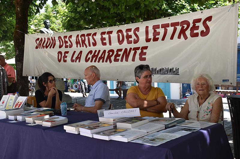 """""""Succès pour le salon du livre"""" du 7 juillet"""
